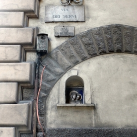 Florence: Madonna in the Wall