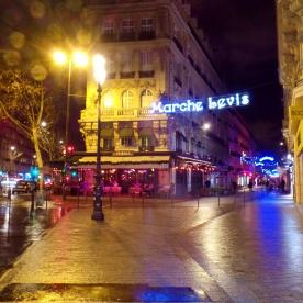 Paris Marche Levis