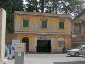 Roman Garage