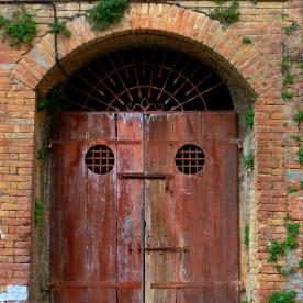 Orvieto: Doorway