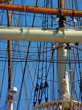 Elisa rigging in Galveston